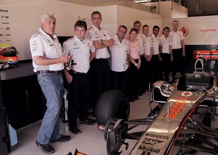 Jay Leno visita el equipo de McLaren