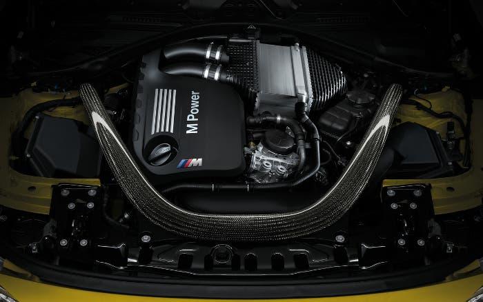Vano motor BMW M4