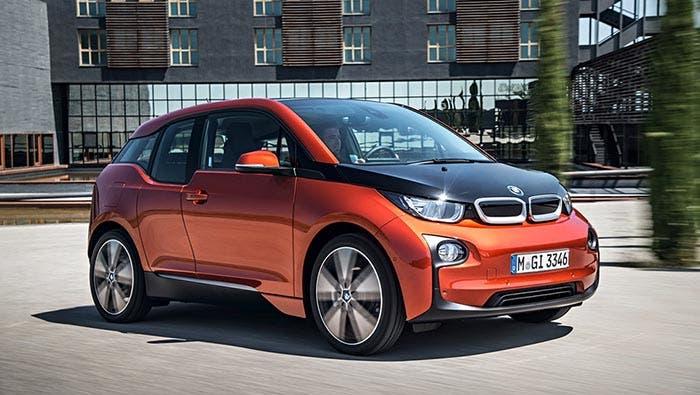 BMW i3 de color naranja