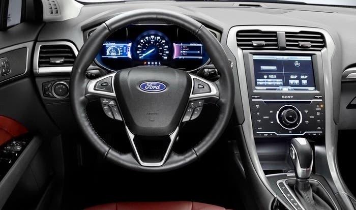 Interior del Ford Mondeo MK5