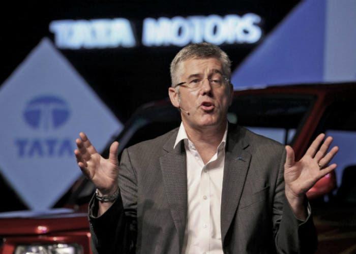 Conferencia Tata Motors impartida por Karl Slym