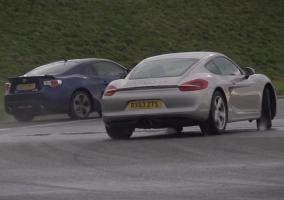 El GT86 y el Cayman enfrentados en circuito