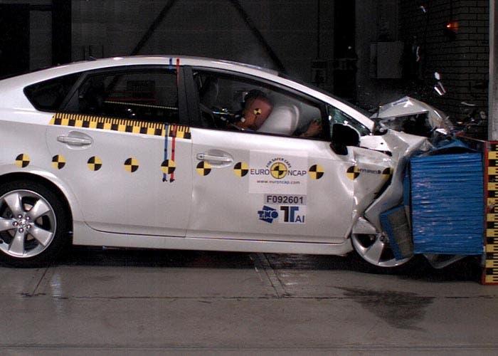Crash test del Toyota Prius