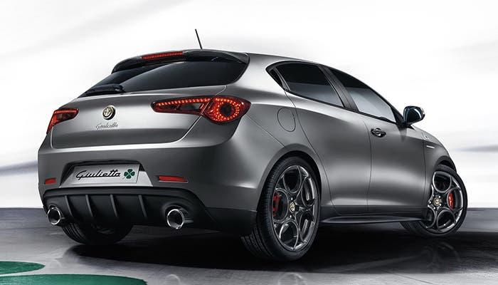 Vista posterior del Alfa Romeo Giulietta QV