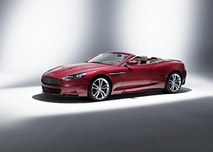 Aston Martin DBS Rojo