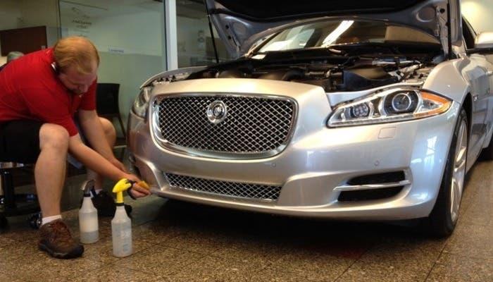 Reparación de un Jaguar para dejarlo perfecto
