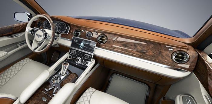 Interior SUV de Bentley