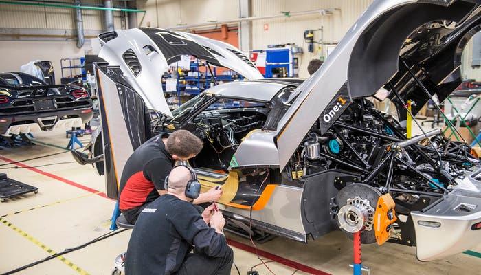 Koenigsegg One producción vista lateral