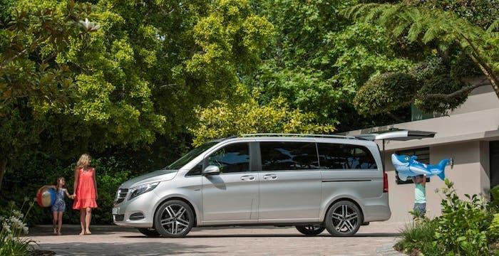 Clase V de Mercedes lateral