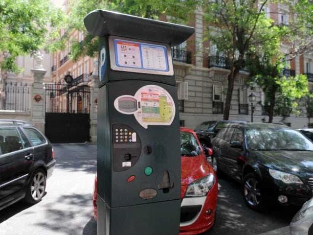 Los parquímetros de Madrid te cobrarán menos si tu coche provoca menos emisiones