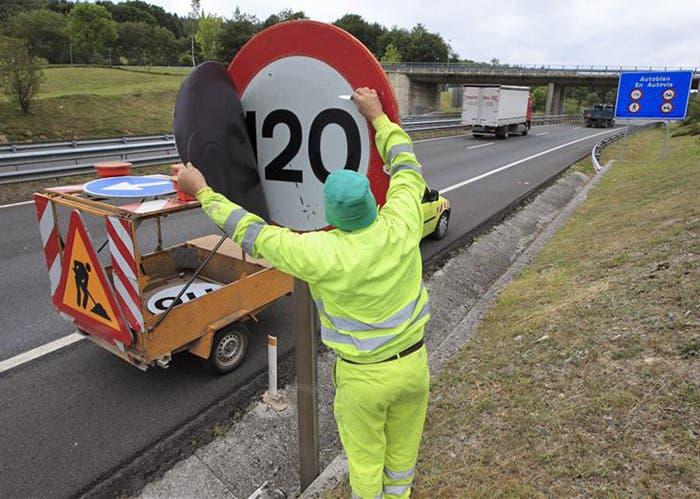 Señal de velocidad en autopistas y autovías