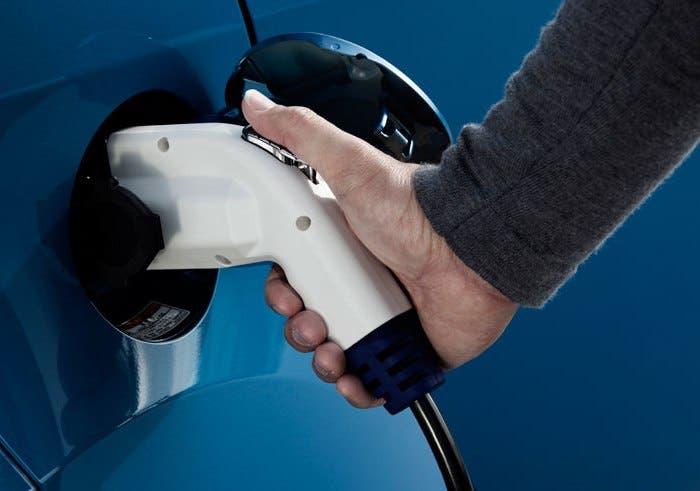 Enchufe coche eléctrico
