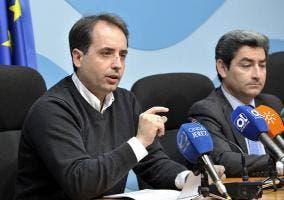 El portavoz del Ayuntamiento de Jerez dando la noticia