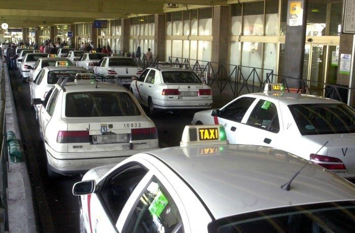 Taxis en el aeropuerto de Madrid