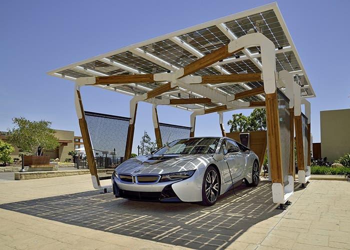 Bmw presenta el garaje solar - Pergola dakbedekking ...