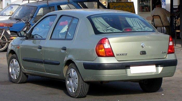 Trasera del Renault Clio sedán
