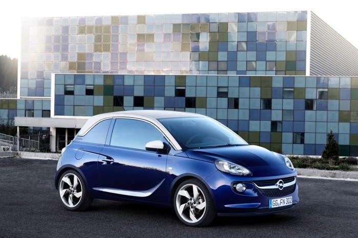 Opel Adam azul