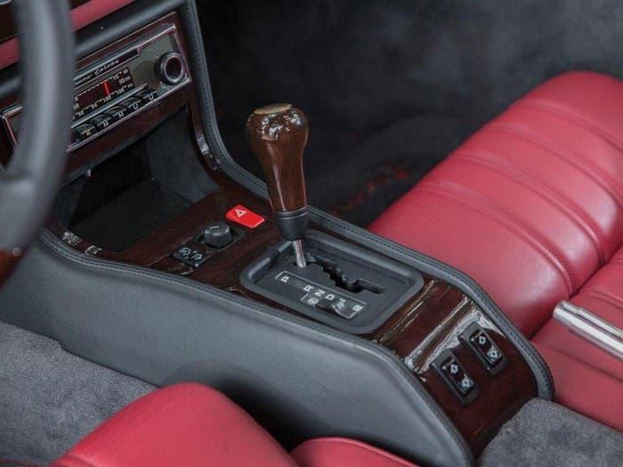 Palanca de cambios 300 SL preparado por AMG