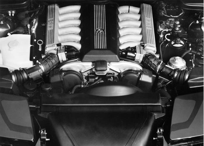 BMW Serie 8 motor