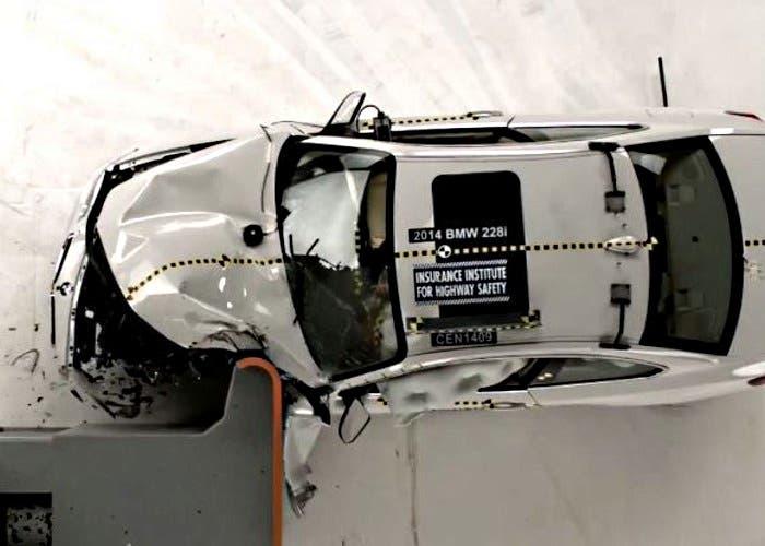 BMW Serie 2 Safety Pick