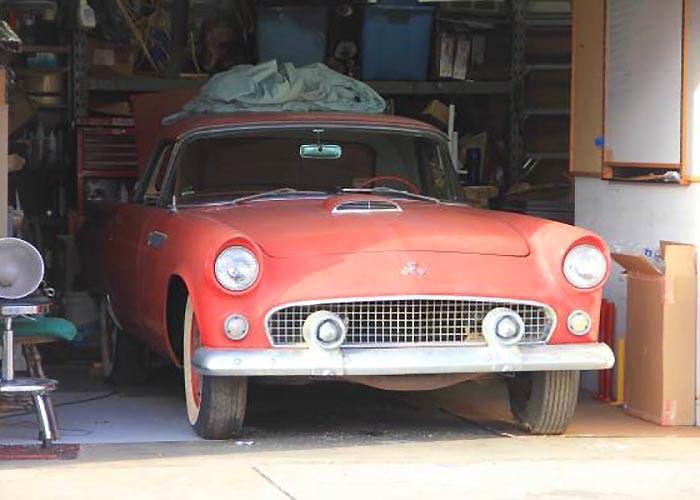 Frontal del Ford Thunderbird de 1955