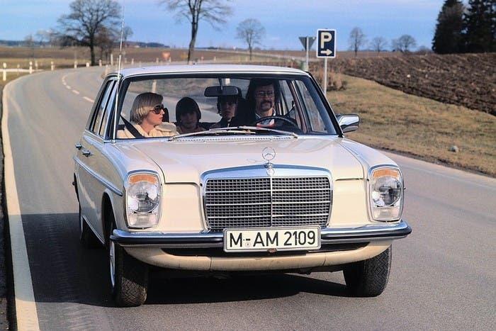 Mercedes W114 140D 3.0