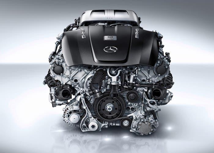 Mercedes V8 M178