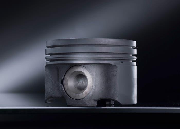 Nuevo pistón de acero Mercedes
