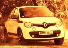 Renault Twingo deslizando