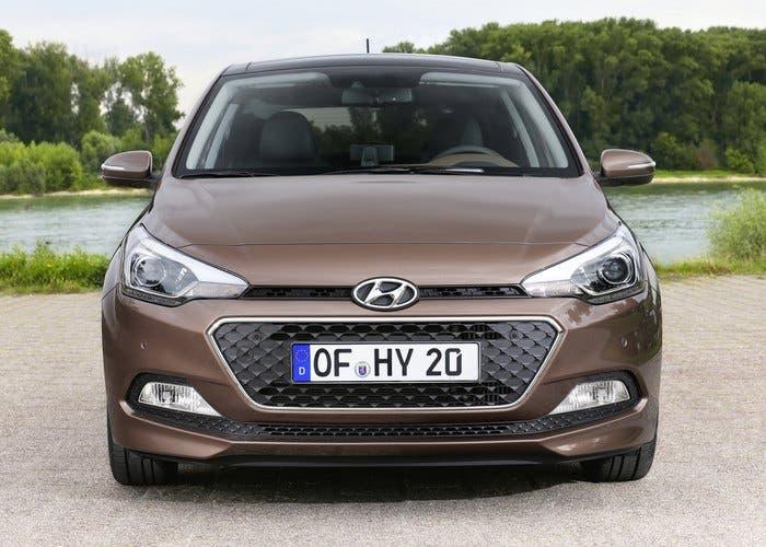 Frontal del Hyundai i20 2015