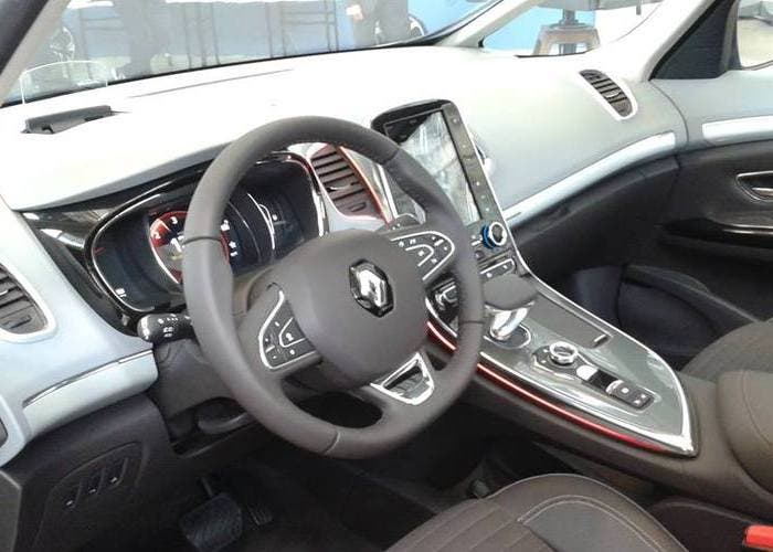 Interior del Renault Espace 2015