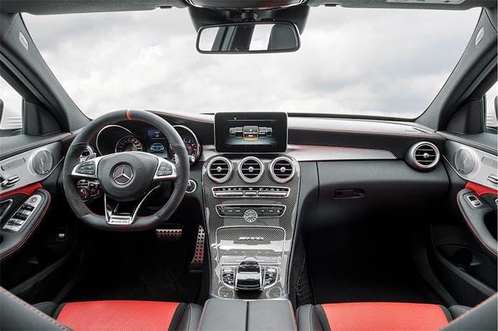 Interior del Mercedes-AMG C63