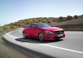 Frontal del nuevo Mercedes CLA 2015