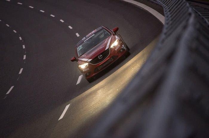 Récord de velocidad del Mazda 6