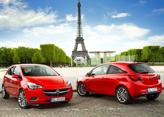 Vista en primera persona de los Opel Corsa de 3 y 5 puertas