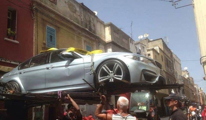 BMW M3 en una grua