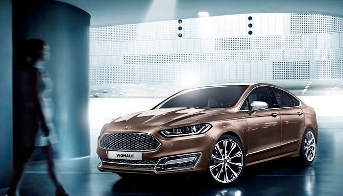 Ford Mondeo vista frontal