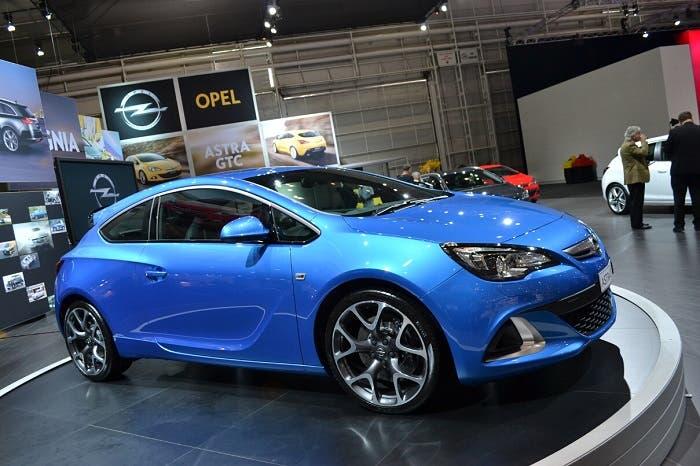 Astra GTC OPC de color azul