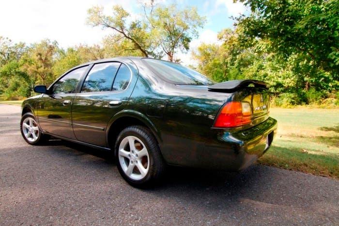 Resucitan al Nissan Maxima de 1996 que se convirtió en un fenómeno de internet