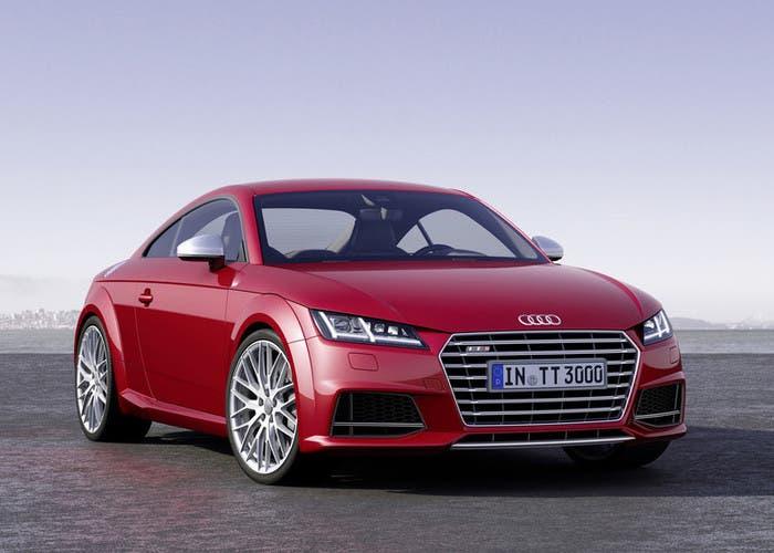 Nuevo Audi TT en rojo