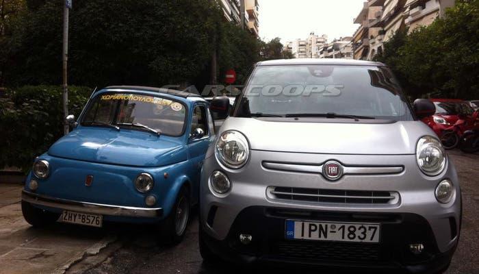 Dos Fiat 500