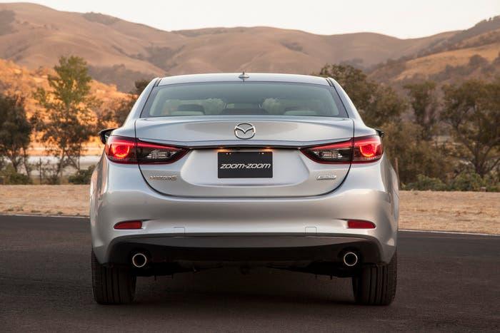 Trasera Mazda 6 2016