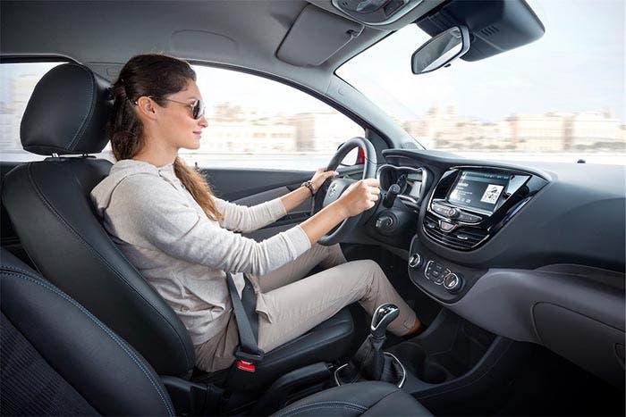 Interior del Opel Karl