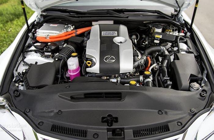 Motor del Lexus IS 300h