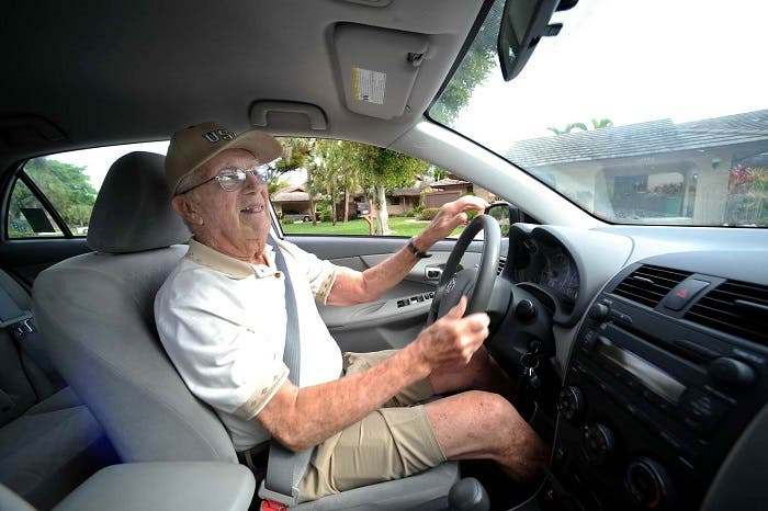 Conductor anciano