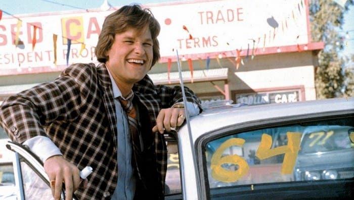 Kurt Russell en frenos rotos, coches locos