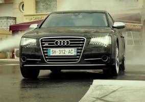 Audi A8 en Transporter Refueld