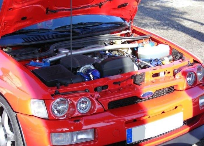 Motor Ford Cosworth YB
