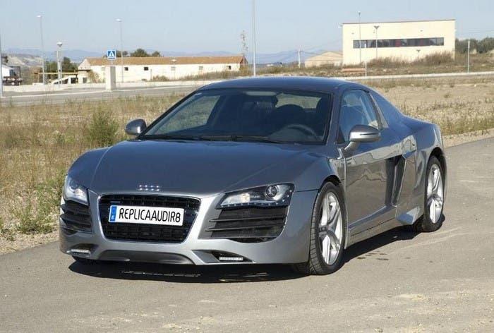 Falso Audi R8