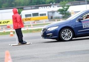 Asistente de frenada de peatones